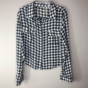 Last Kiss Polyester Houndstooth Button-Down Blouse